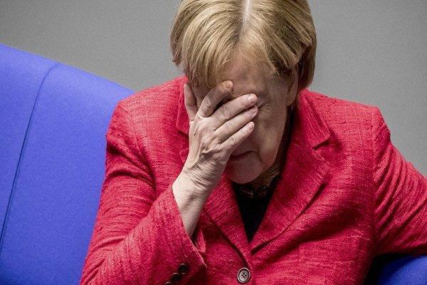 برلین درباره عمدی بودن نقص فنی هواپیمای آنگلا مرکل تحقیق می نماید