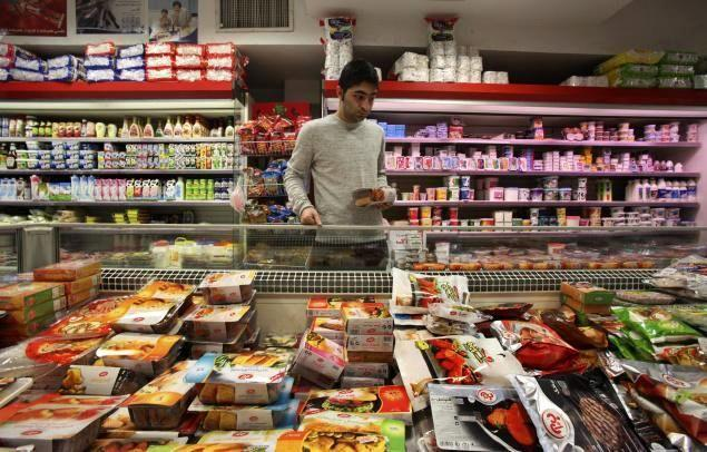 مرکز آمار اطلاع داد؛ میزان افزایش قیمت ها در نیمه اول 98 نسبت به سال پیش نصف شد