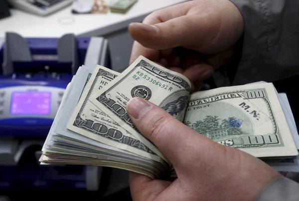 افزایش نرخ دلار و یورو، افت قیمت پوند