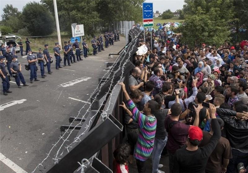 انتقاد یونان از عدم حمایت های بروکسل برای مقابله با بحران پناهندگان