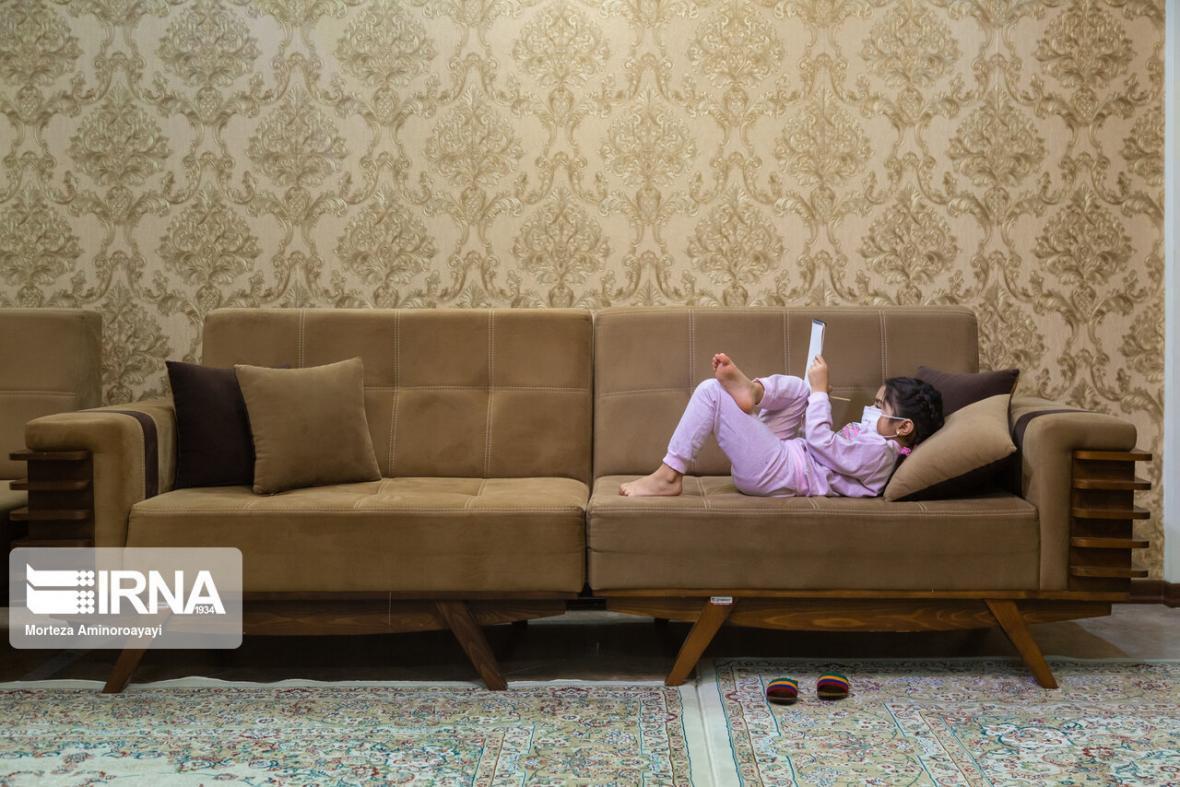 خبرنگاران شما بنویسید: به دنبال راهی برای مواجهه با چالش های خانوادگی در خانه ماندن