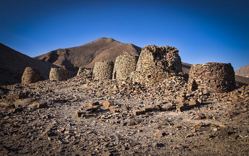 مقبره های اسرارآمیز کندو شکل عمان، رویای باستان شناس