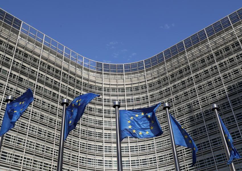 خبرنگاران اتحادیه اروپا 25 میلیارد یورو اعتبار برای مقابله با کرونا تخصیص داد