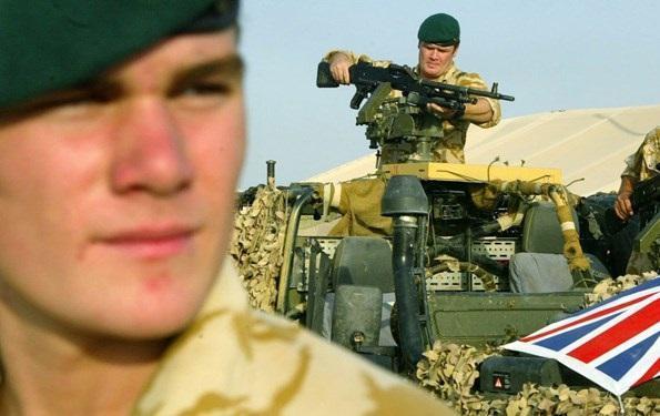 انگلیس از بیم کرونا نیرو های خود را از عراق خارج می نماید