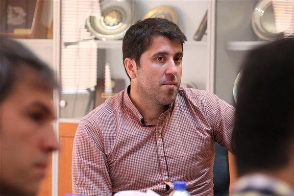 اختلافی با محمد موسوی ندارم، فصل آینده هم در سایپا می مانم