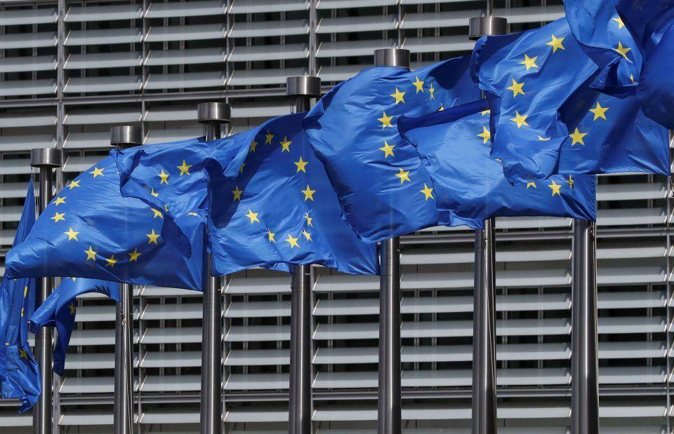 خبرنگاران اتحادیه اروپا خواهان استقلال مالی در اقلام لازم است