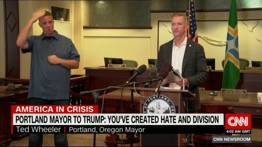 شهردار پورتلند، ترامپ را مسبب ناآرامی های آمریکا دانست