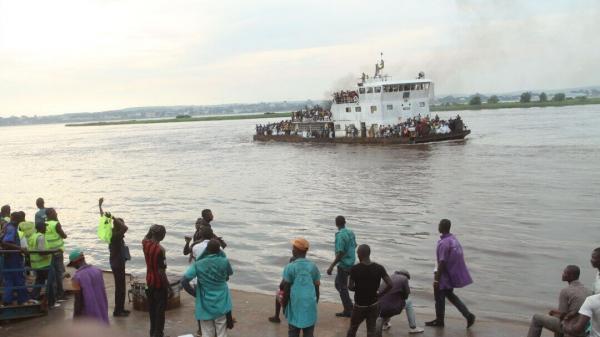 خبرنگاران واژگونی قایق در کنگو 60 کشته برجا گذاشت