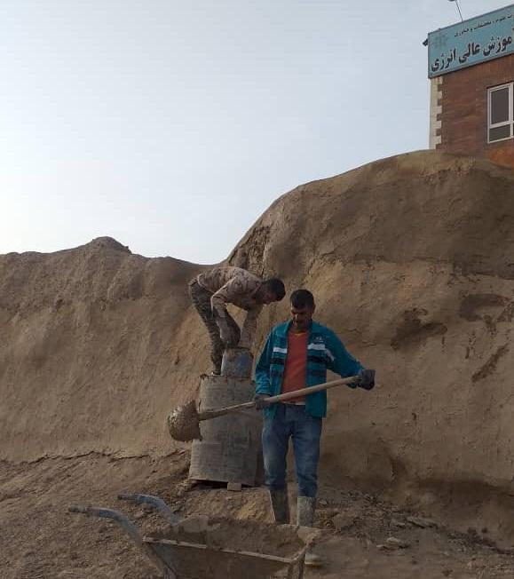 عملیات مرمتی دیوار تاریخی شهر ساوه (بارو) به سرانجام رسید