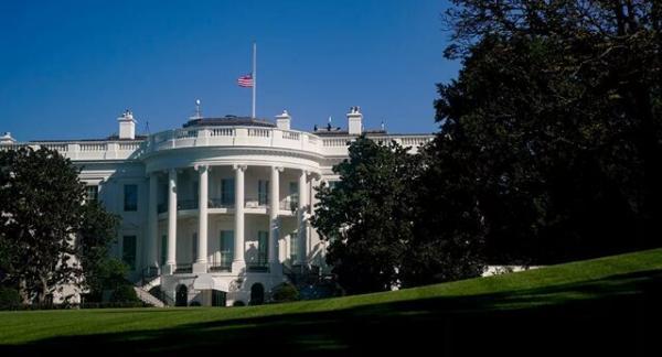 کارمندان کاخ سفید چقدر حقوق می گیرند؟